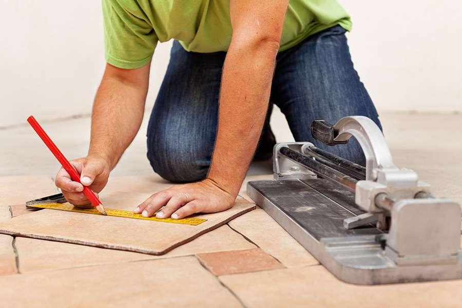 Инструменты для укладки плитки на стену