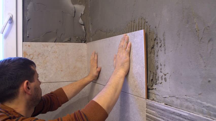 Укладка плитки стену клей